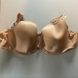 Lightly lined underwire bra size 42DD